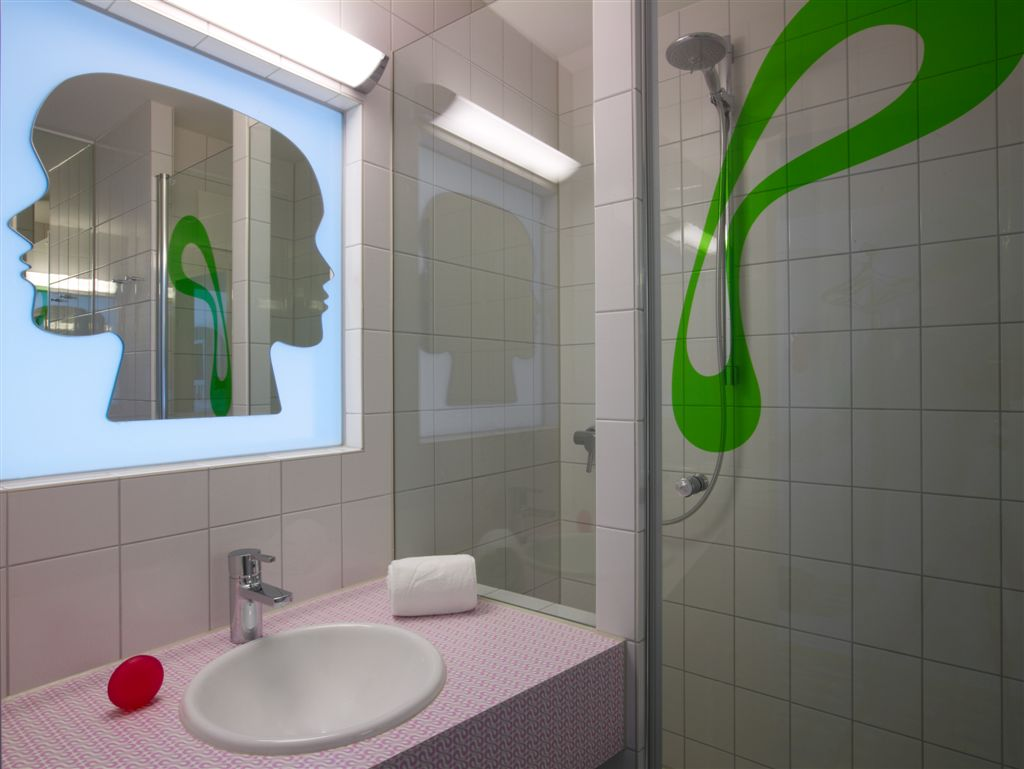 prizeotel Bremen-City Bathroom